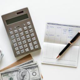 Als Familie Steuern sparen: Betreuungskosten absetzen